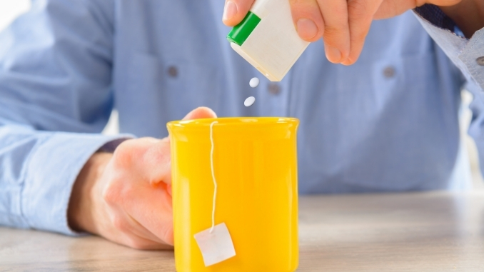 Study reveals that artificially sweetened drinks may not be healthier than sugary drinks