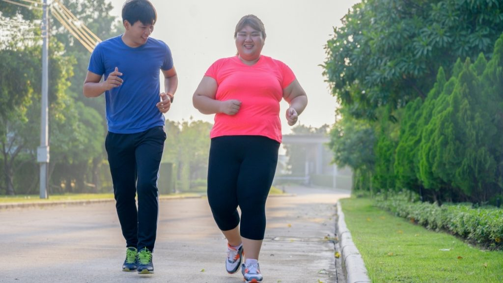 'Fat but fit' people do have worse heart health than normal weight people who don't exercise