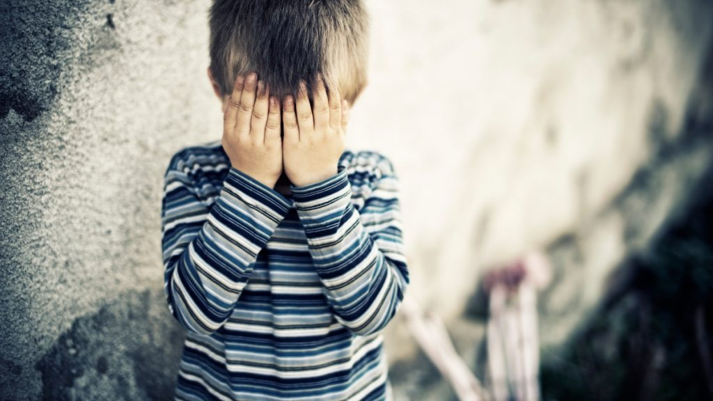 Depressed Mothers Child May Experience Suicidal Thoughts