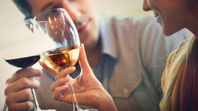 Study reveals certain occupations may be linked with heavy drinking - Vigor Column